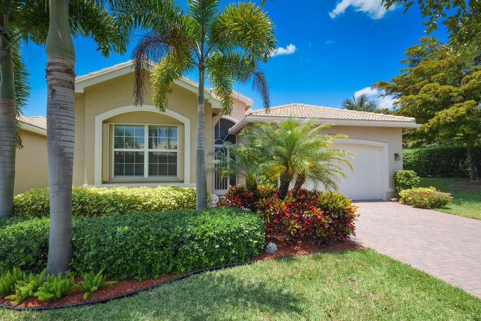10749 Carmelcove Circle, Boynton Beach, FL 33473