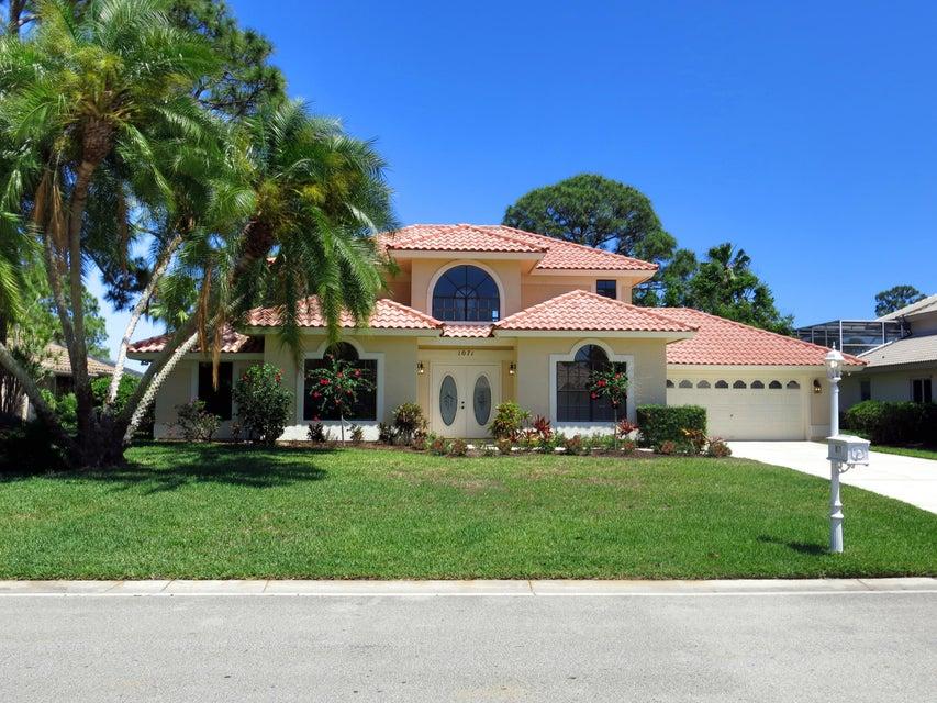 1071 SW Mockingbird Drive, Port Saint Lucie, FL 34953