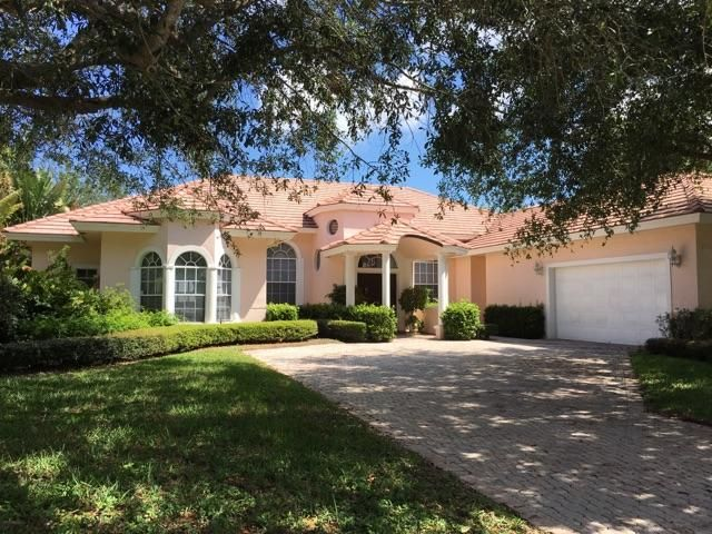 Single Family Home for Sale at 2557 Seminole Circle 2557 Seminole Circle West Palm Beach, Florida 33409 United States