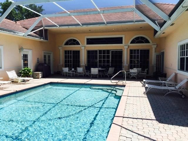Additional photo for property listing at 2557 Seminole Circle 2557 Seminole Circle West Palm Beach, Florida 33409 United States