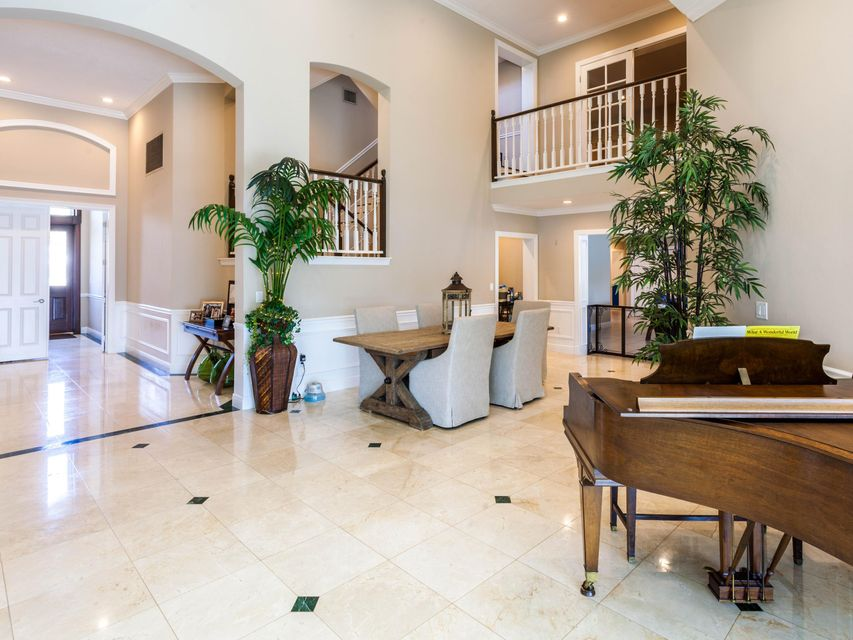 Piano & Front Entrance