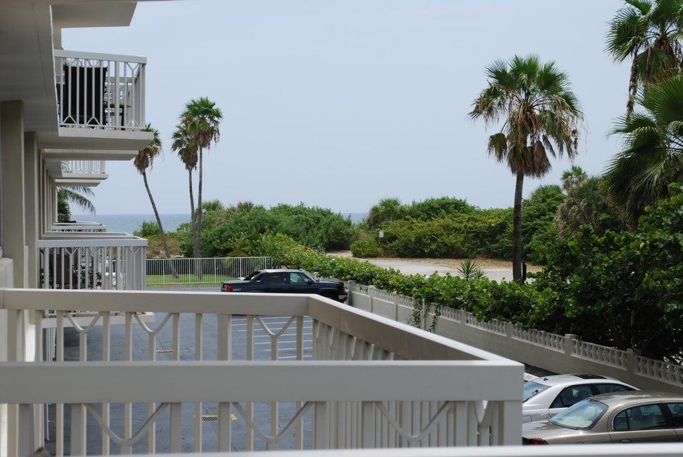 125 S Ocean Avenue 202, Palm Beach Shores, FL 33404