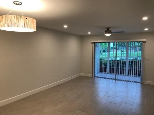 Additional photo for property listing at 6936 Huntington Lane 6936 Huntington Lane Delray Beach, Florida 33446 Vereinigte Staaten