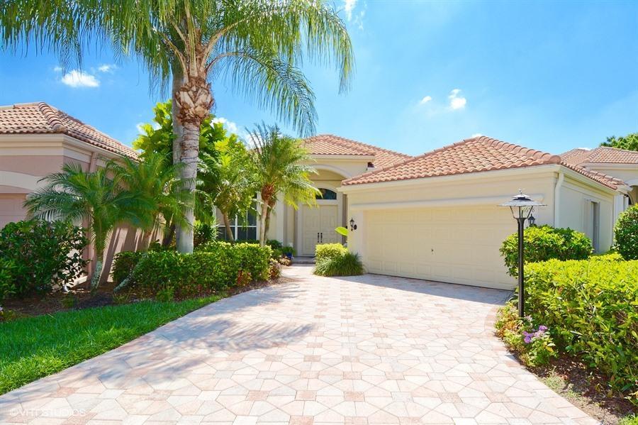 8658 Falcon Green Drive, West Palm Beach, FL 33412