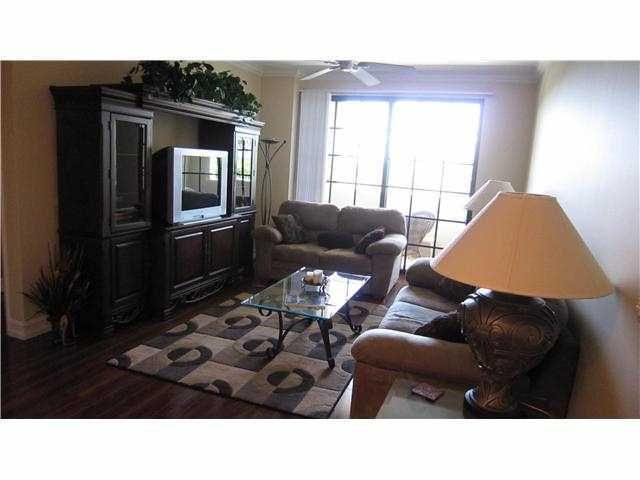Condominium for Rent at 233 S Federal Highway # 321 233 S Federal Highway # 321 Boca Raton, Florida 33432 United States