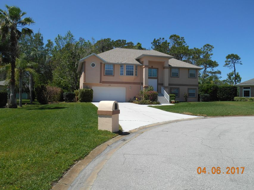 28 Sandpoint Circle, Ormand Beach, FL 32174