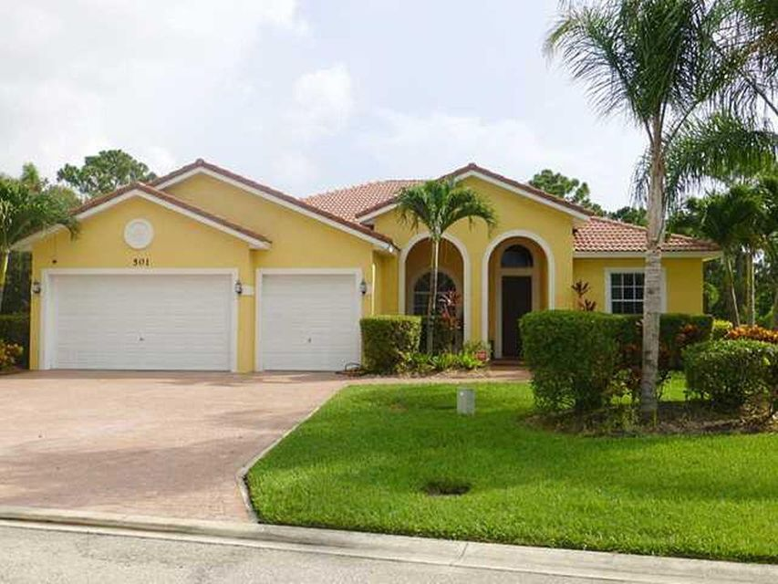 501 NW Pinesap Place, Jensen Beach, FL 34957