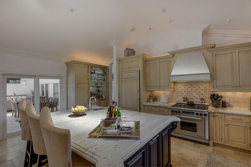 Additional photo for property listing at 152 Commodore Drive  Jupiter, Florida 33477 Estados Unidos