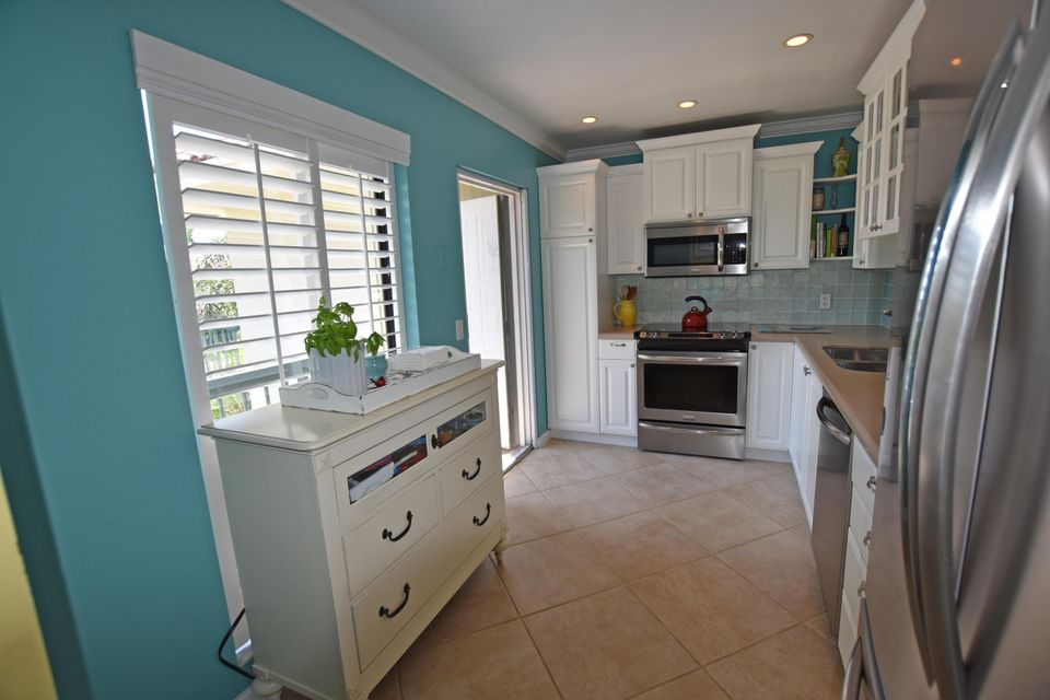 Additional photo for property listing at 4096 B Quail Ridge Drive N 4096 B Quail Ridge Drive N Boynton Beach, Florida 33436 United States