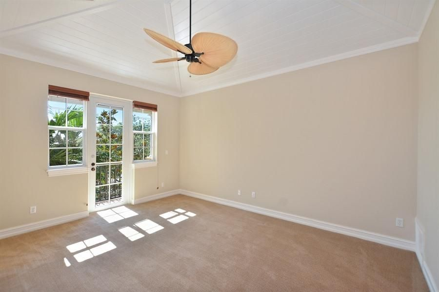 Additional photo for property listing at 1941 S Olive Avenue 1941 S Olive Avenue West Palm Beach, Florida 33401 États-Unis