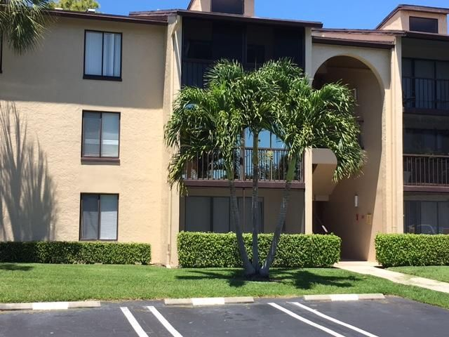 Co-op / Condo for Sale at 624 Sea Pine Way 624 Sea Pine Way Greenacres, Florida 33415 United States