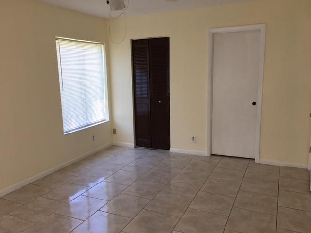 Additional photo for property listing at 624 Sea Pine Way 624 Sea Pine Way Greenacres, Florida 33415 Vereinigte Staaten