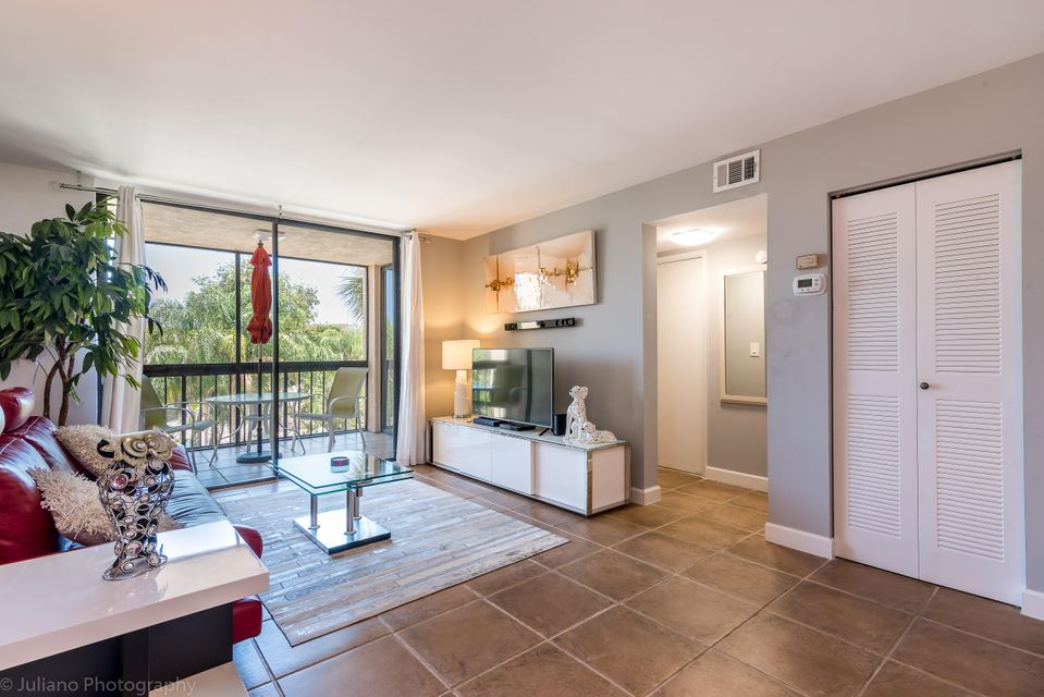 Co-op / Condo for Sale at 2255 Lindell Boulevard 2255 Lindell Boulevard Delray Beach, Florida 33444 United States