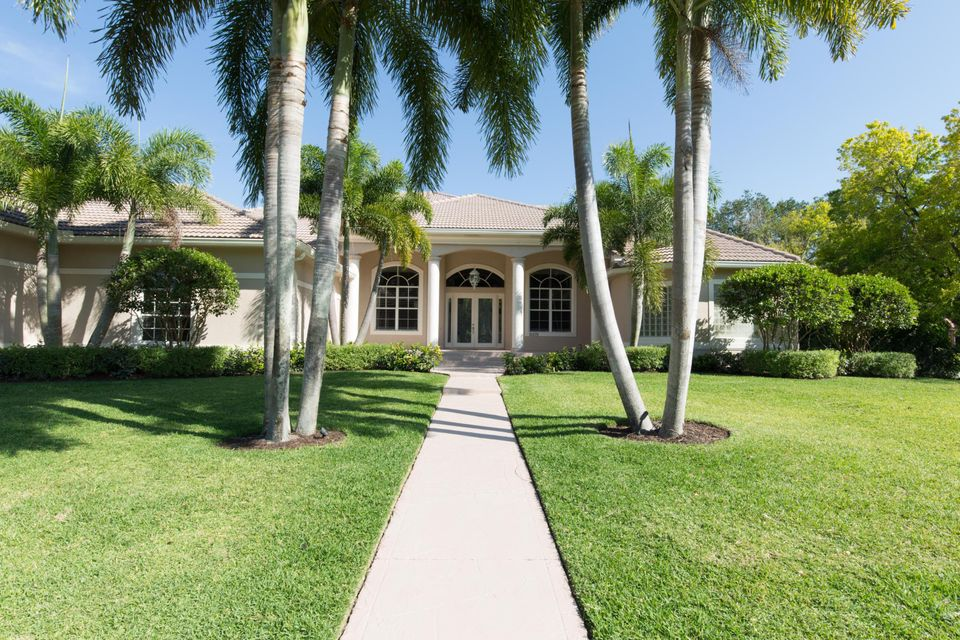 Maison unifamiliale pour l Vente à 15570 De Havilland Court Wellington, Florida 33414 États-Unis