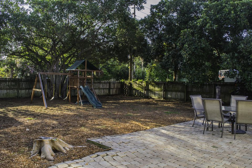 Additional photo for property listing at 7708 Martin Avenue  West Palm Beach, Florida 33405 United States