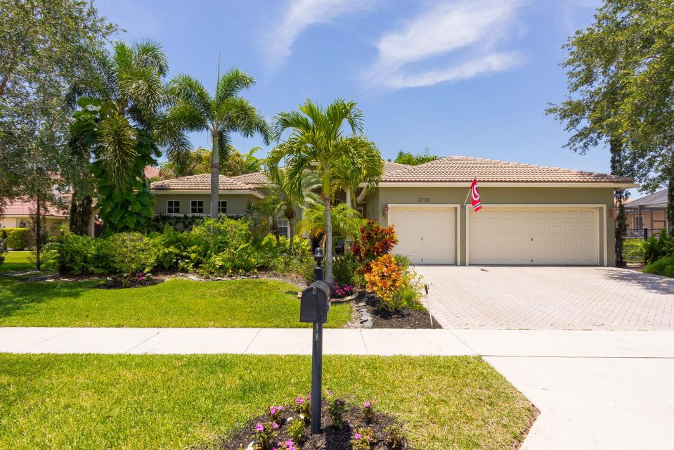 1735 Newhaven Point Lane, West Palm Beach, FL 33411