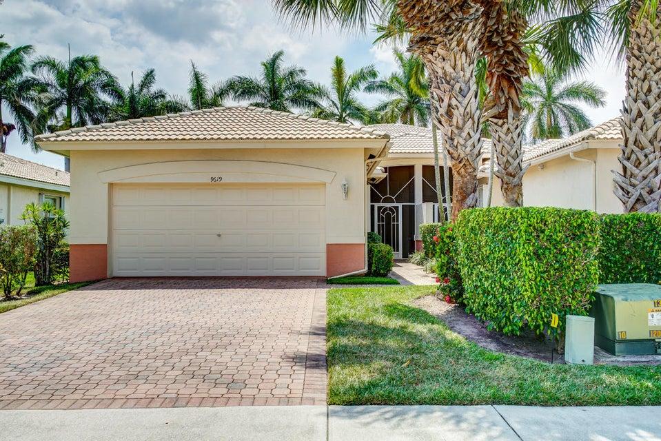 9619 Crescent View Drive N, Boynton Beach, FL 33437