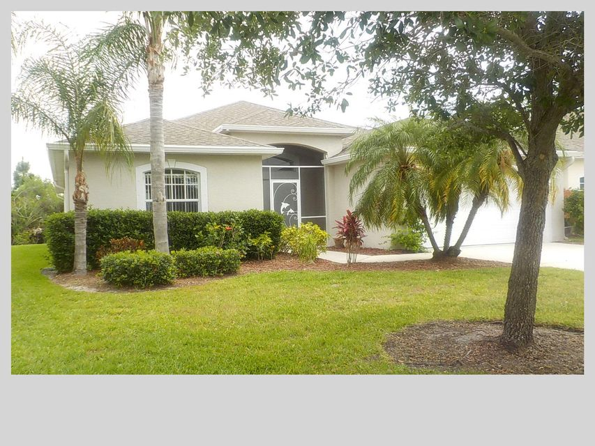481 NW Sunflower Place, Jensen Beach, FL 34957