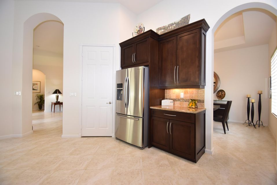 Additional photo for property listing at 9392 Isles Cay Drive 9392 Isles Cay Drive Delray Beach, Florida 33446 United States