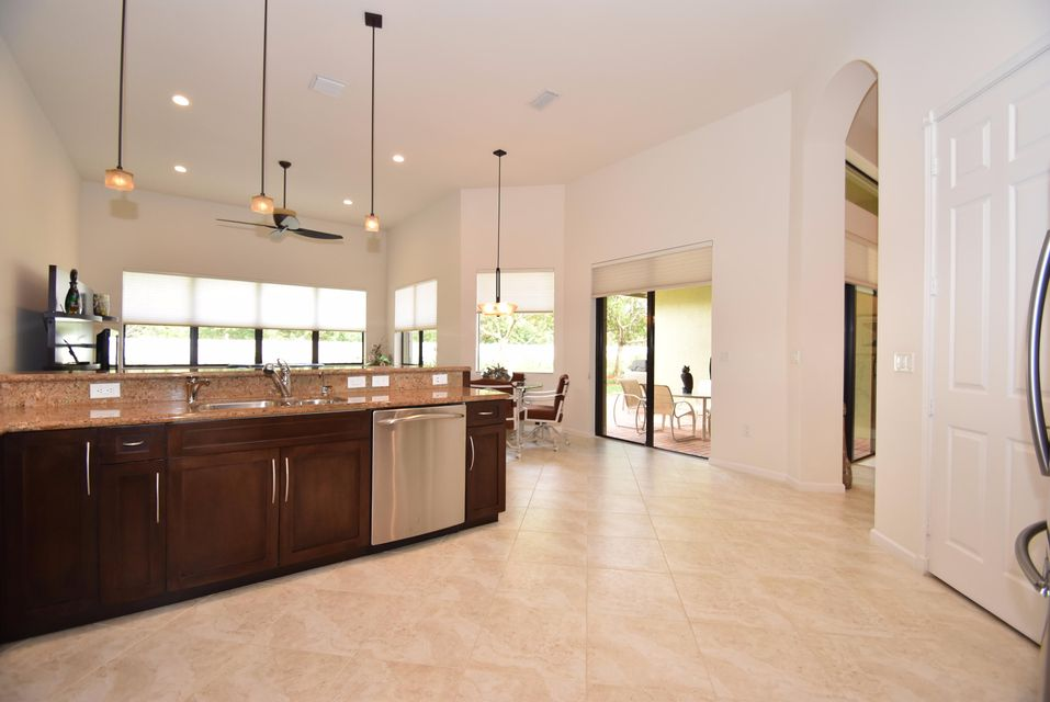 Additional photo for property listing at 9392 Isles Cay Drive  Delray Beach, Florida 33446 United States