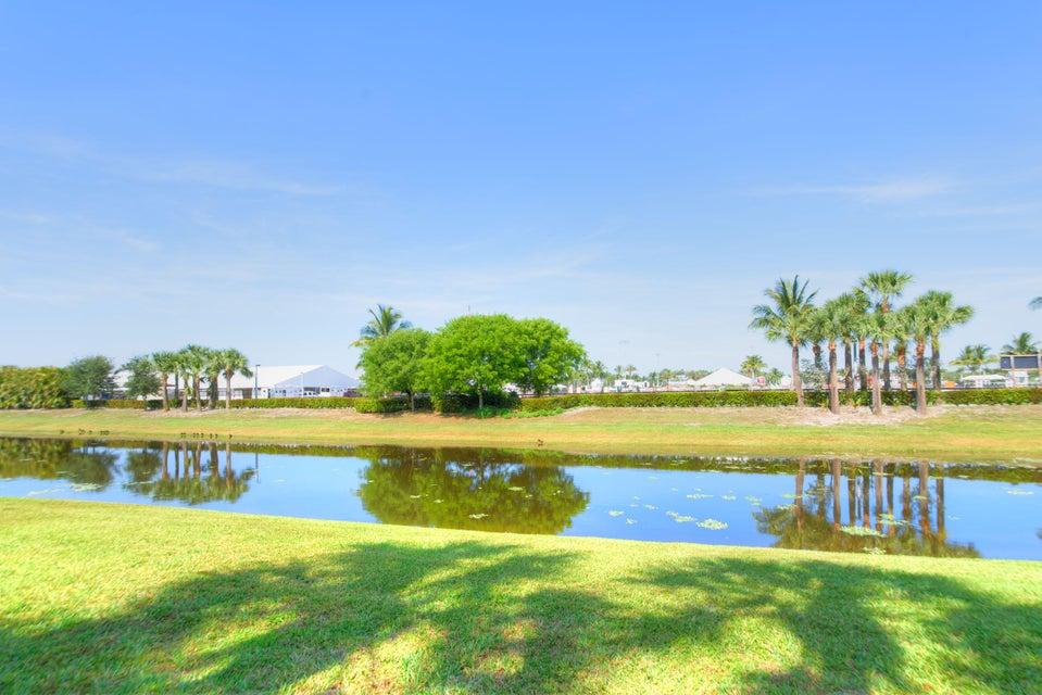 2835 Polo Island Drive, Wellington, Florida 33414, 3 Bedrooms Bedrooms, ,3 BathroomsBathrooms,Condo/Coop,For Sale,Palm Beach Polo & Country Club,Polo Island,1,RX-10334318