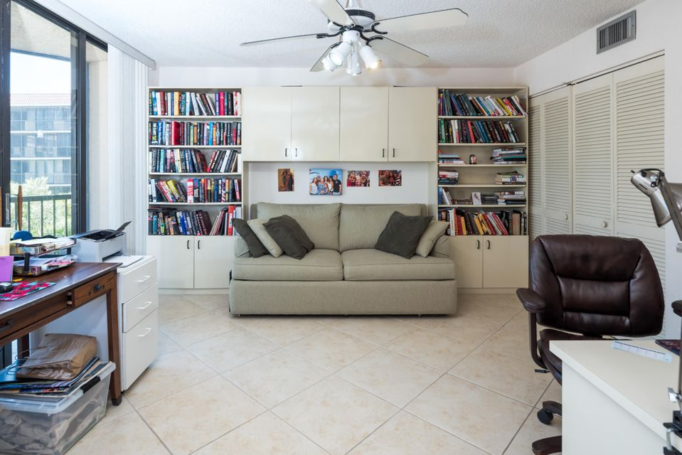 Additional photo for property listing at 800 Jeffery Street  Boca Raton, Florida 33487 United States