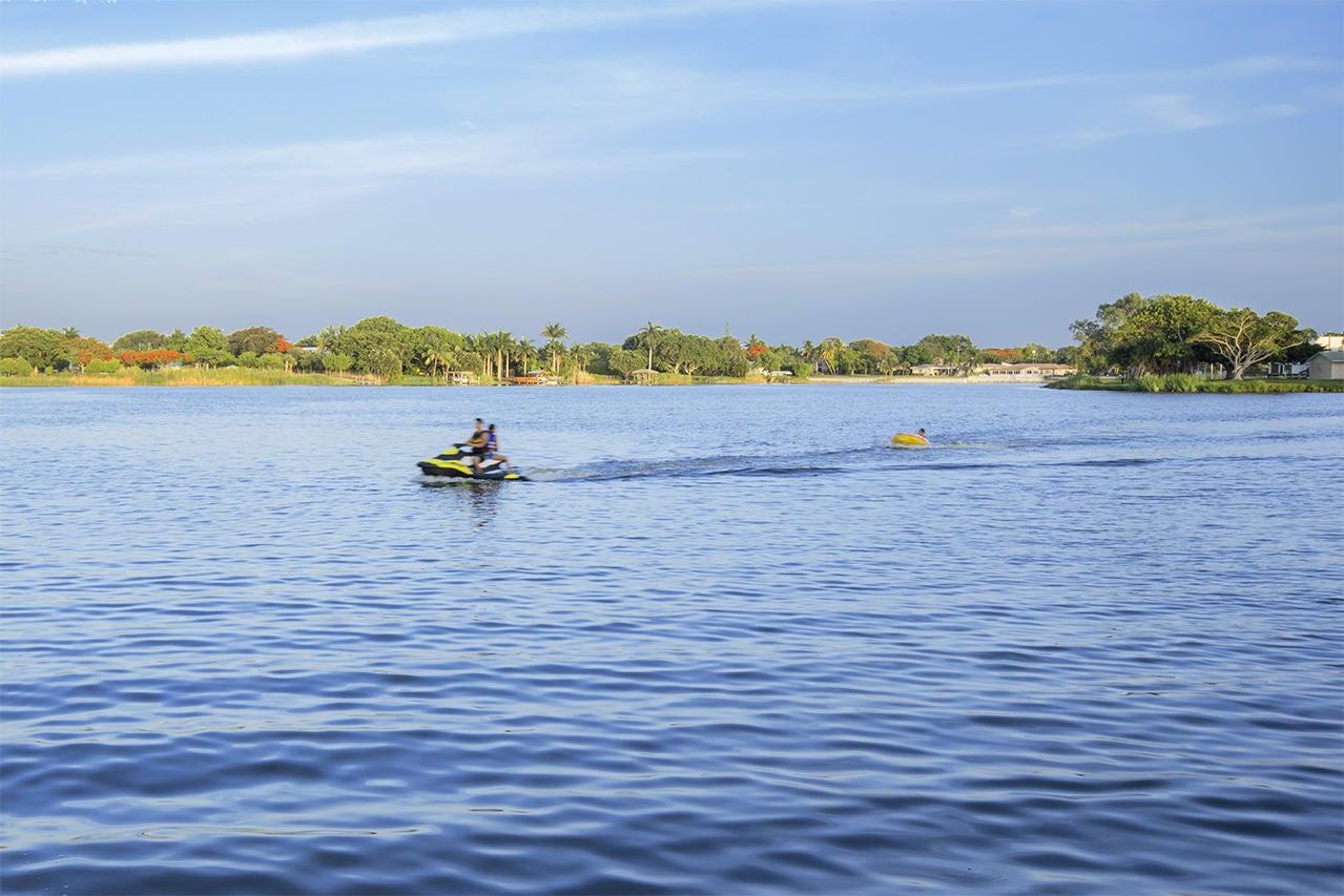 532 Canoe Point