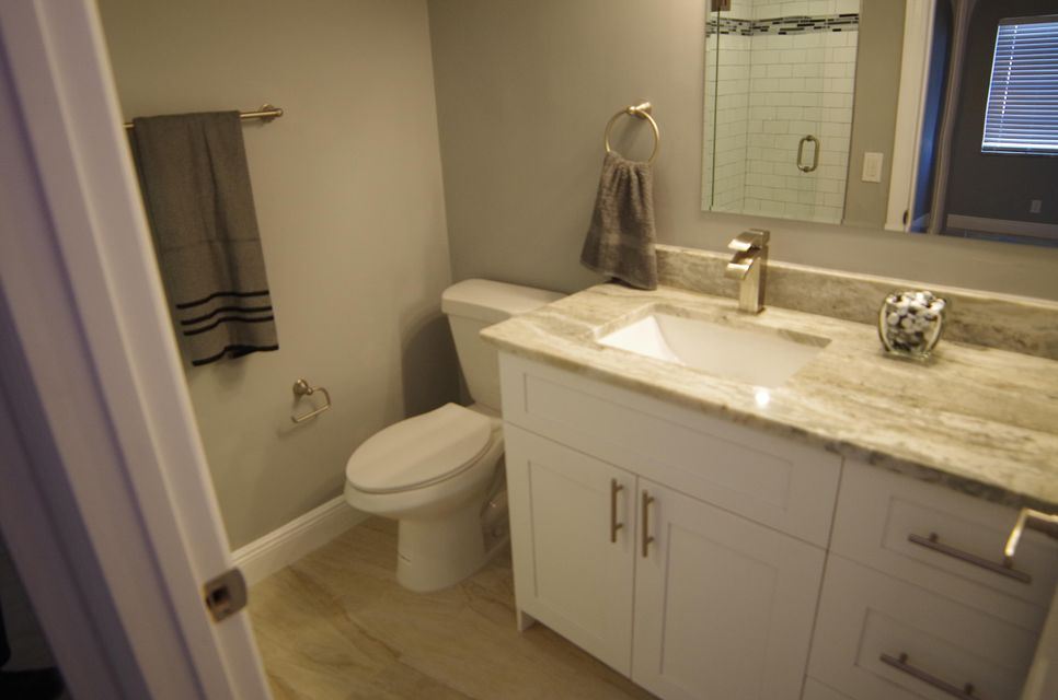 Additional photo for property listing at 638 Burgundy N 638 Burgundy N Delray Beach, Florida 33484 United States