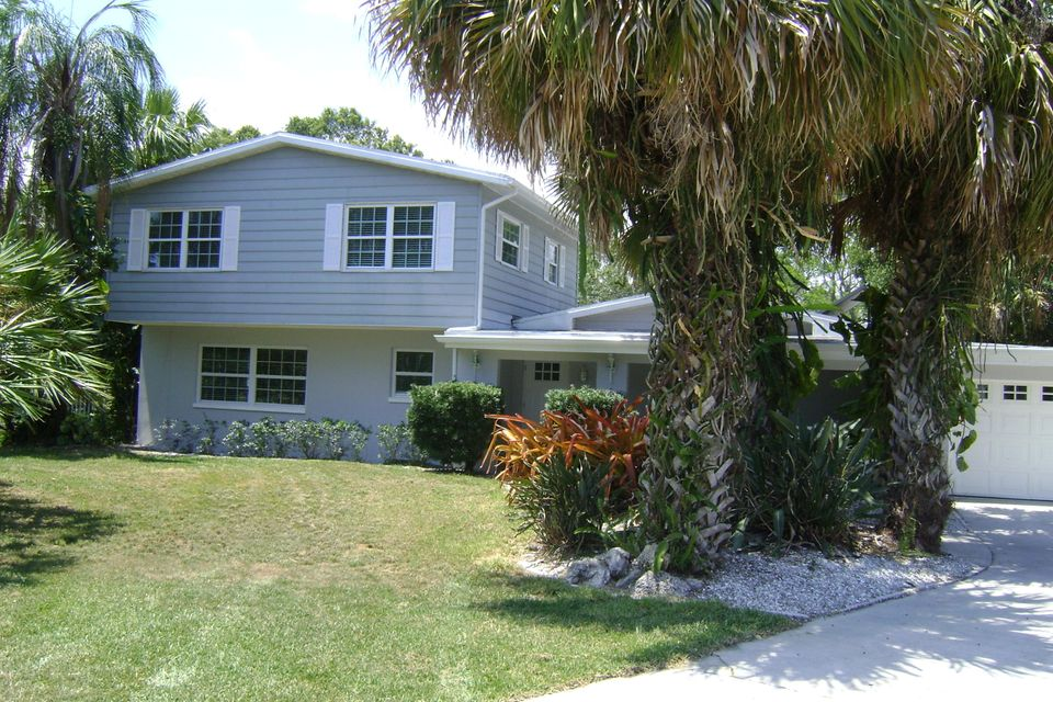 4032 Greenwood Drive, Fort Pierce, FL 34950