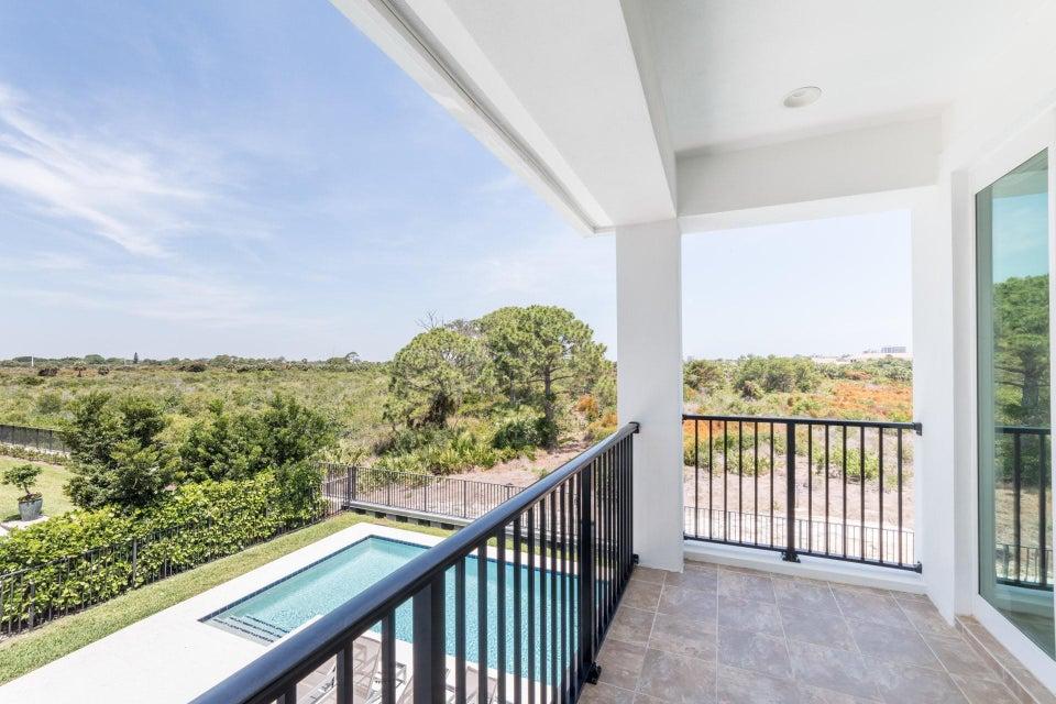 Additional photo for property listing at 1617 E Hemingway Drive  Juno Beach, Florida 33408 États-Unis