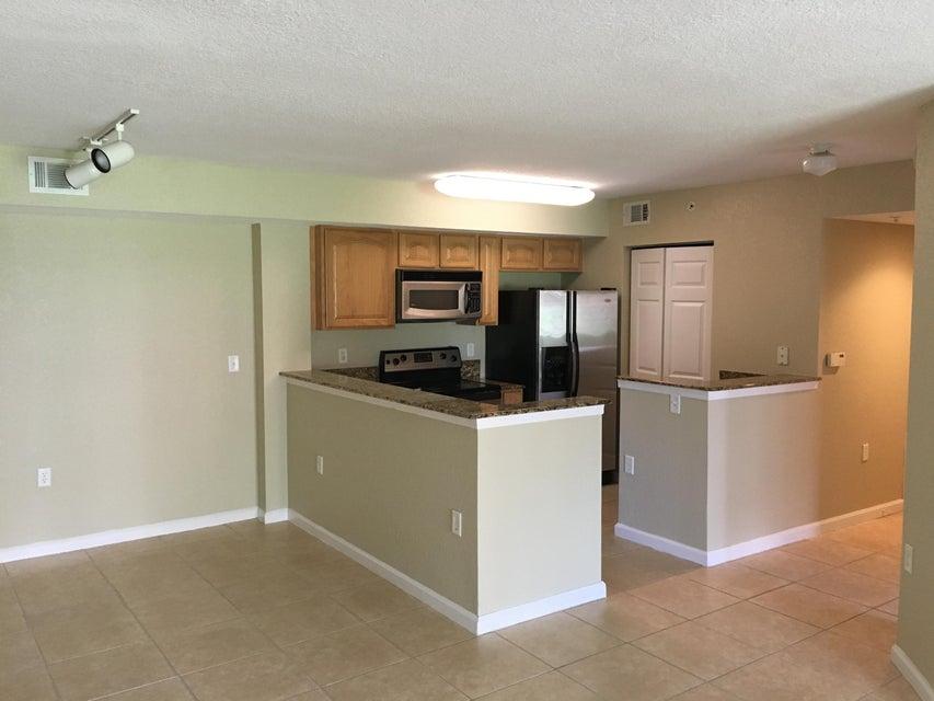241 SW Palm Drive 102, Port Saint Lucie, FL 34986