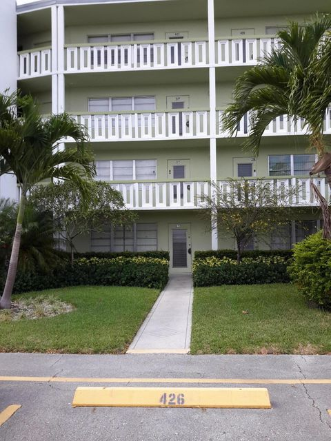Additional photo for property listing at 128 Southampton B 128 Southampton B West Palm Beach, Florida 33417 United States