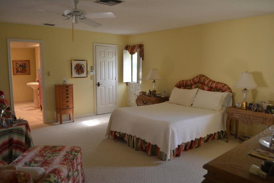 Additional photo for property listing at 4541 White Cedar Lane  德尔雷比奇海滩, 佛罗里达州 33445 美国