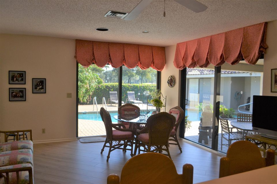 Additional photo for property listing at 4541 White Cedar Lane  Delray Beach, Florida 33445 United States