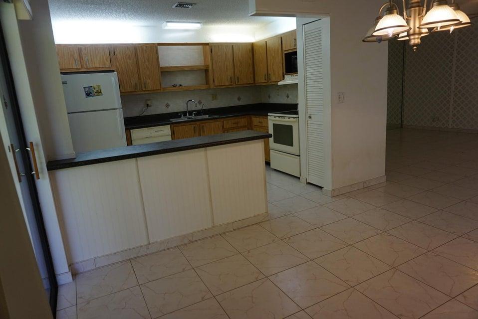 5135 Mirror Lakes Boulevard Boynton Beach, FL 33472 - photo 6