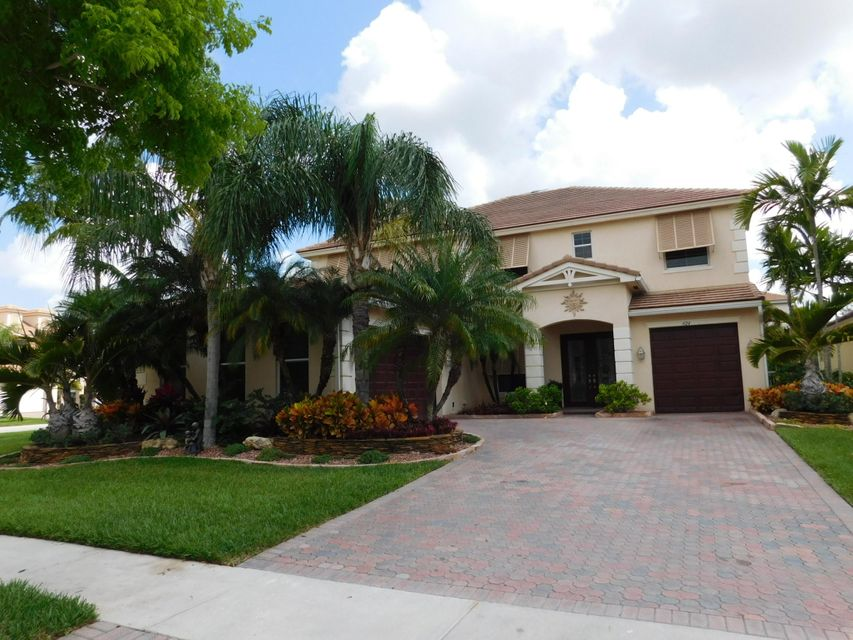 424 Saint Emma Drive, Royal Palm Beach, FL 33411