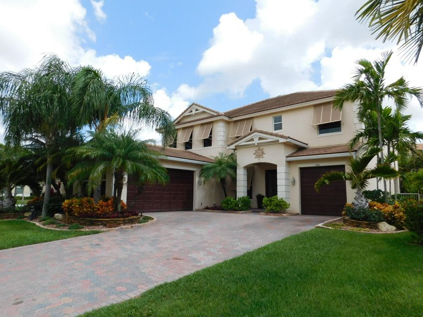 424 Saint Emma Dr, Royal Palm Beach, FL 33411