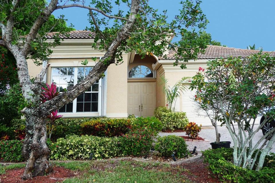 7327 Demedici Circle, Delray Beach, FL 33446