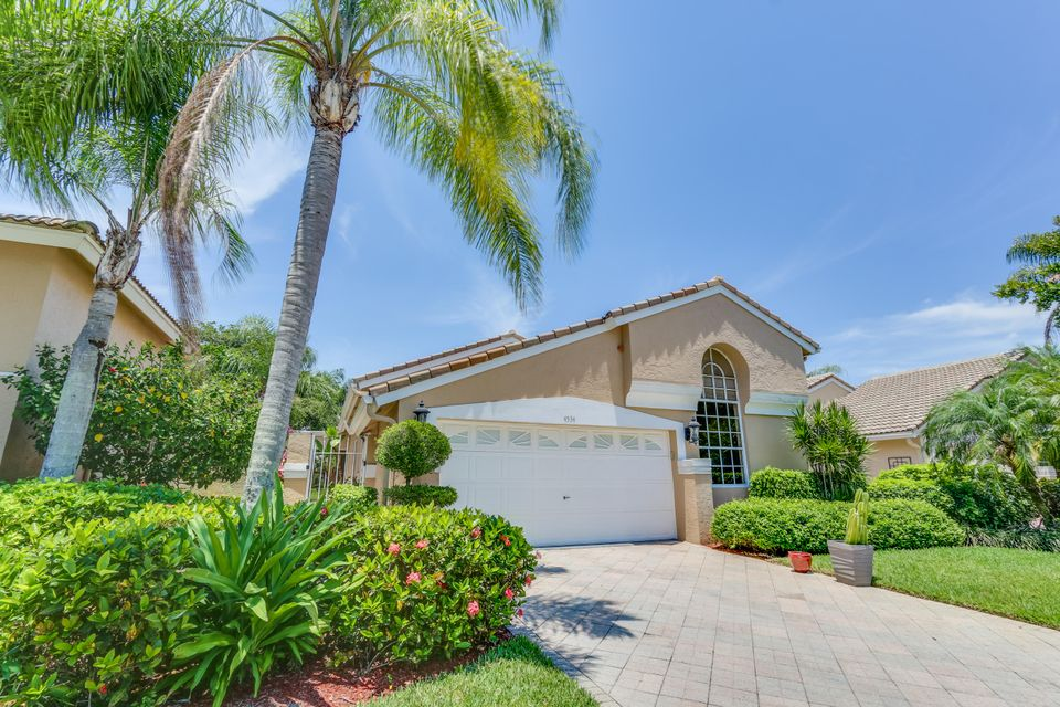 4534 Carlton Golf Drive, Wellington, FL 33449