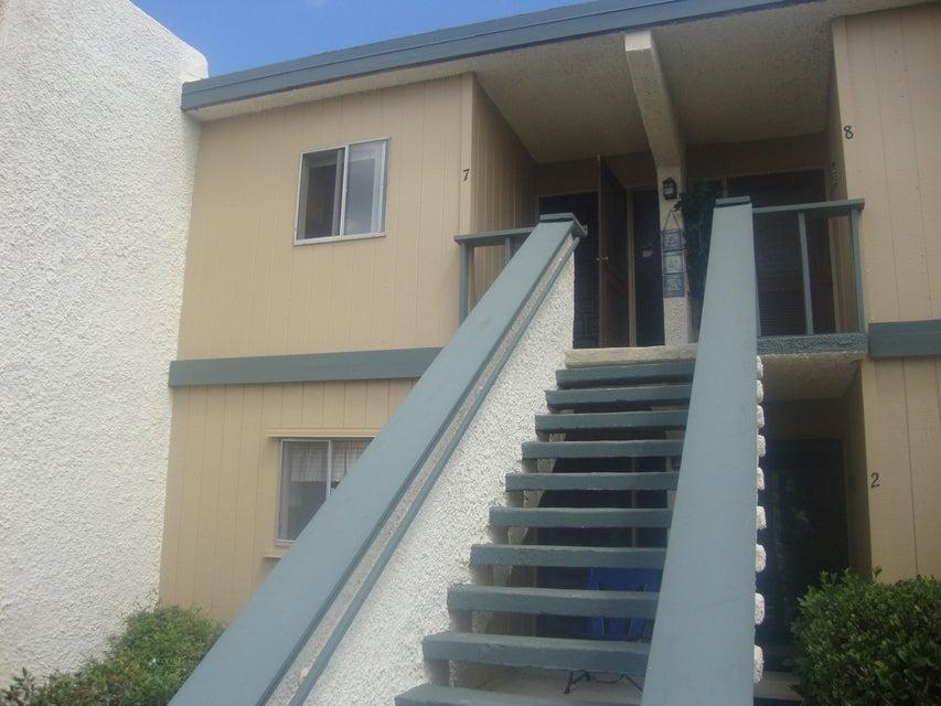 1560 NE 12th Terrace 7, Jensen Beach, FL 34957