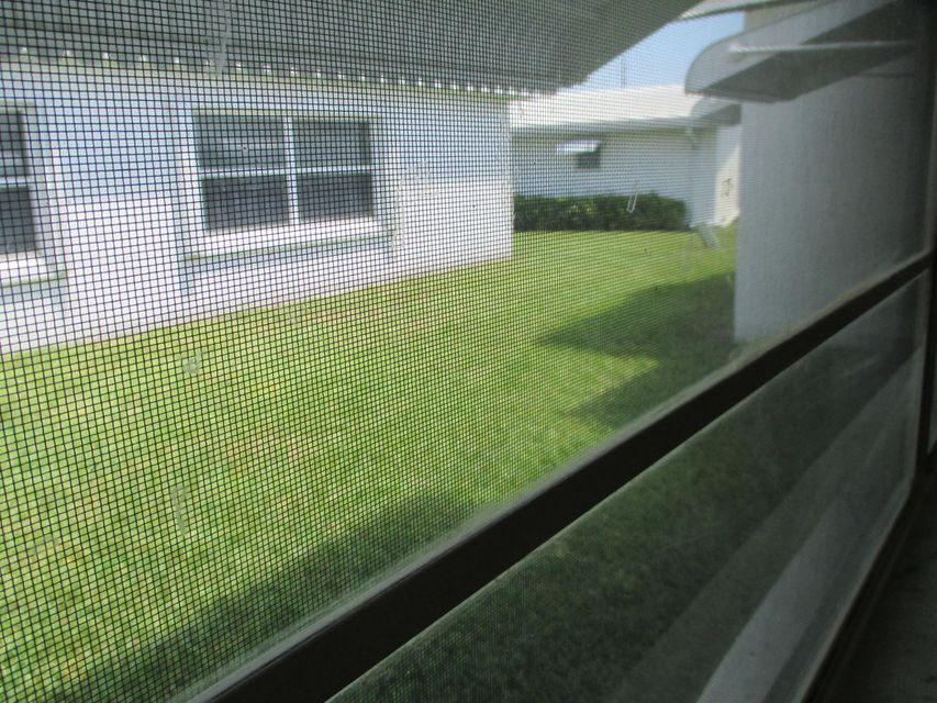 Additional photo for property listing at 1705 SW 18 Street  Boynton Beach, Florida 33426 United States
