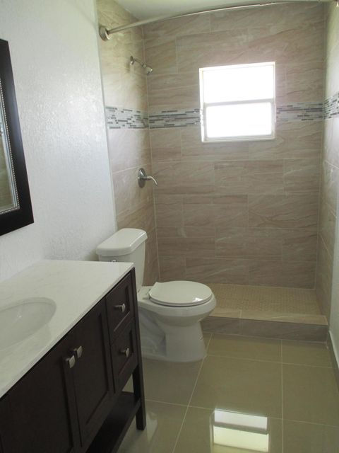 Additional photo for property listing at 1705 SW 18 Street 1705 SW 18 Street Boynton Beach, Florida 33426 États-Unis
