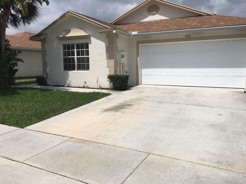Additional photo for property listing at 6108 Azalea Circle  West Palm Beach, Florida 33415 États-Unis
