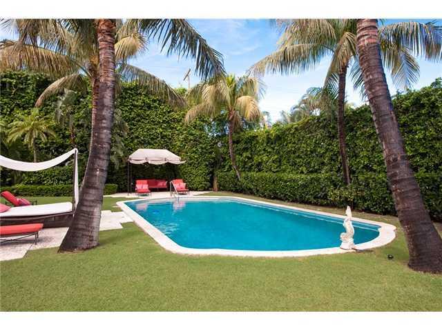 Férias para Venda às 207 Bahama Lane 207 Bahama Lane Palm Beach, Florida 33480 Estados Unidos