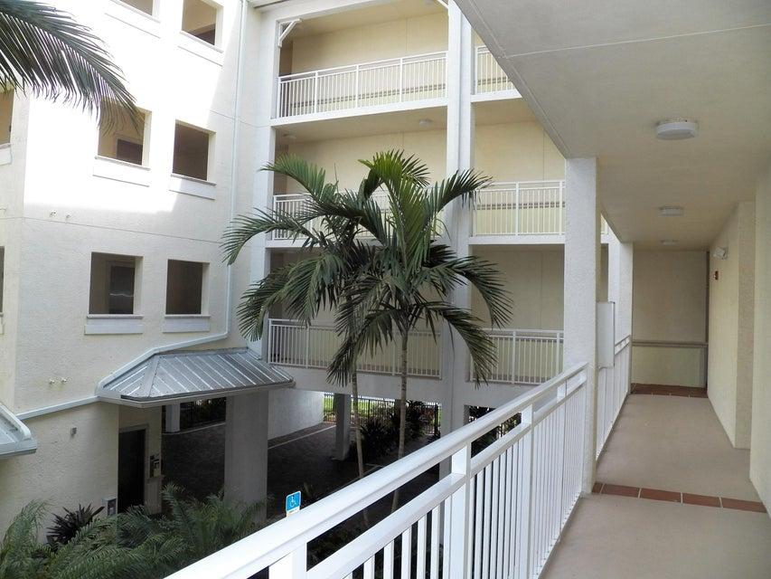 875 NW Flagler Avenue 305, Stuart, FL 34994