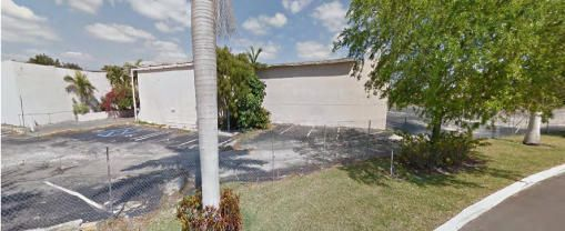 Comercial por un Venta en Address Not Available Lauderdale Lakes, Florida 33309 Estados Unidos