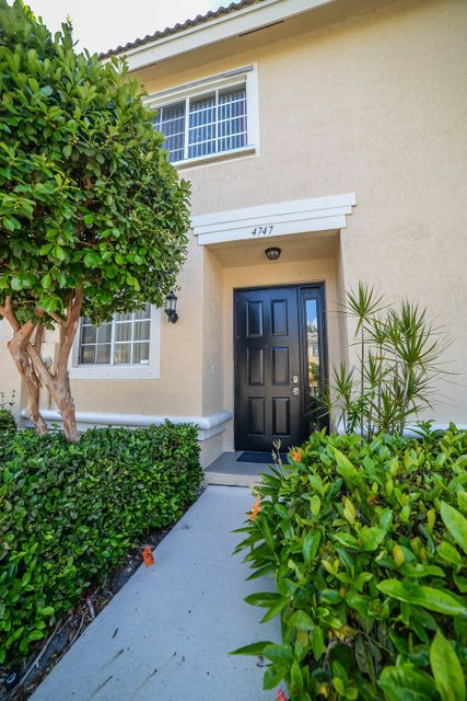 4747 NW 57th Place, Coconut Creek, FL 33073