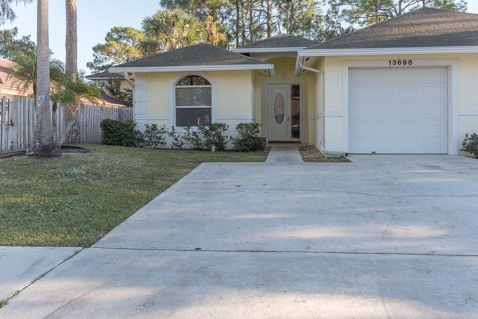 13698 Lavender Lane, Wellington, FL 33414