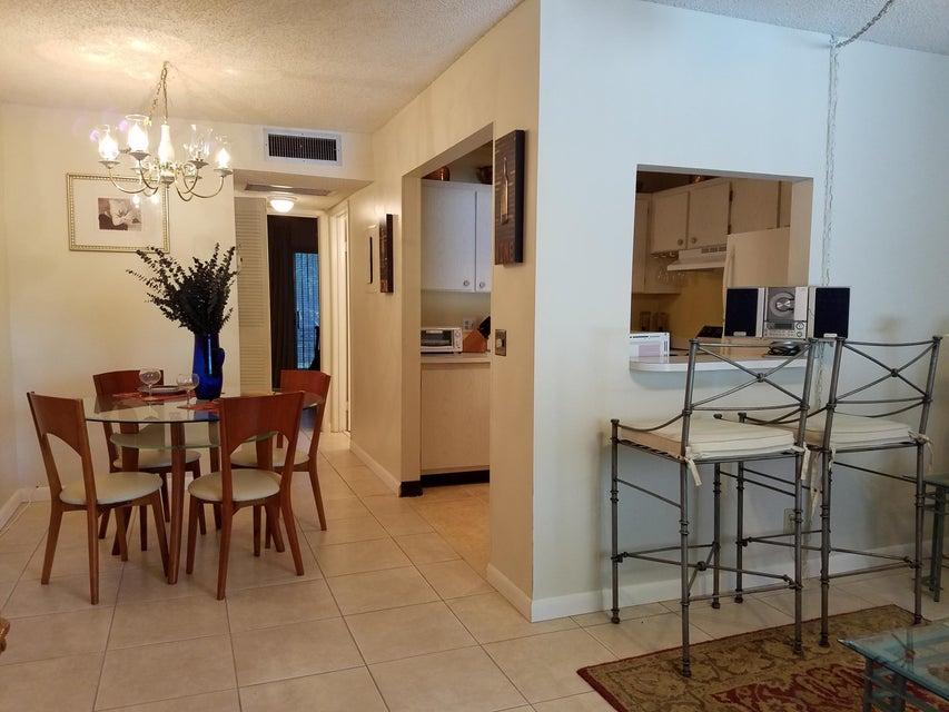 3400 Springdale Boulevard 310, Palm Springs, FL 33461