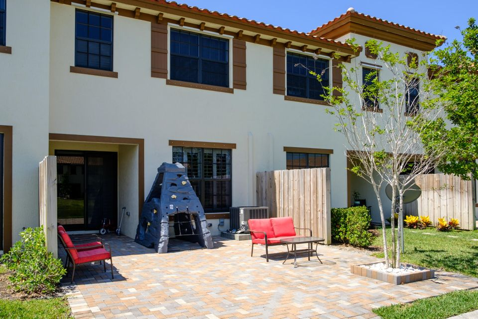 Additional photo for property listing at 10163 Wellington Parc Drive 10163 Wellington Parc Drive Wellington, Florida 33449 Estados Unidos